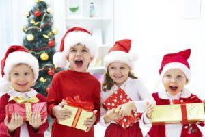Акция «Стань Дедом Морозом для ребенка из интерната!»