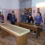 Семилукское районное общество инвалидов проводит мастер-классы по настольным спортивным играм