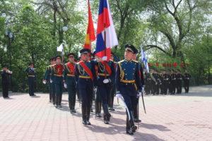 В Воронеже прошло торжественное возложение цветов на могиле Неизвестного солдата