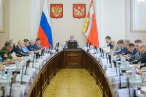 Александр Гусев поручил активнее привлекать общественные организации к работе по трудоустройству инвалидов