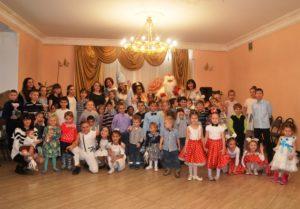 Новогодний праздник для детей приюта «Покров» в посёлке Отрадное