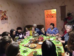 «Многодетная семья» реализует проект «Семейный центр «Связь поколений»
