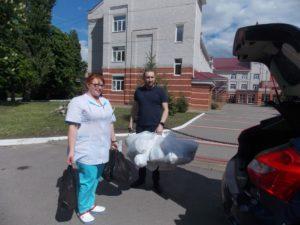 Как общество инвалидов, волонтеры и бизнес помогают воронежским медикам